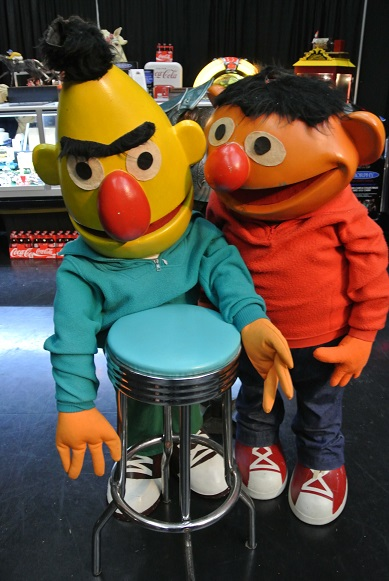Morphy's Auctions Bert and Ernie