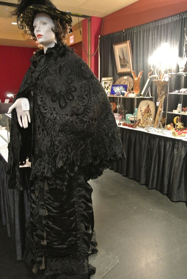 BC Acquisitions Victorian Mourning Outfit